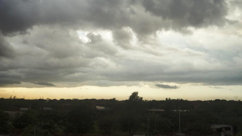 La saison des pluie annonce aussi la saison de la boue. Après la pluie, au quartier 1200 logements, le 8 juillet 2013 (Ph : Zatibagnan)